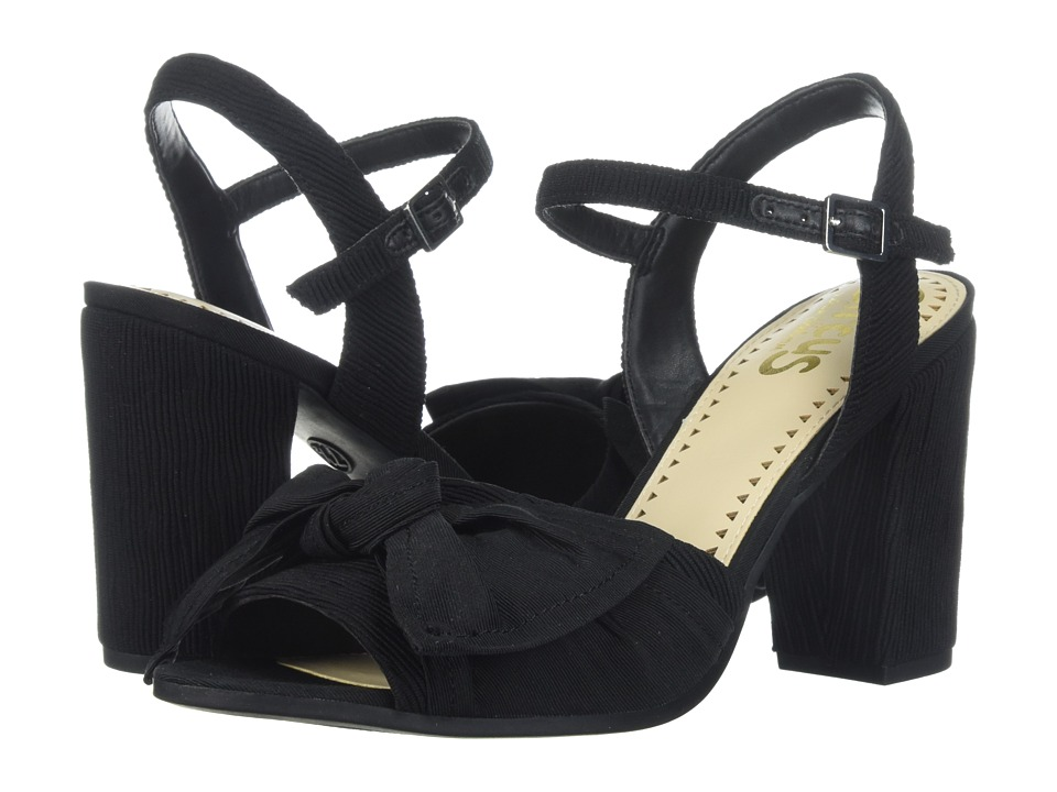 Circus by Sam Edelman Eva (Black Textured Rooched Fabric) Women