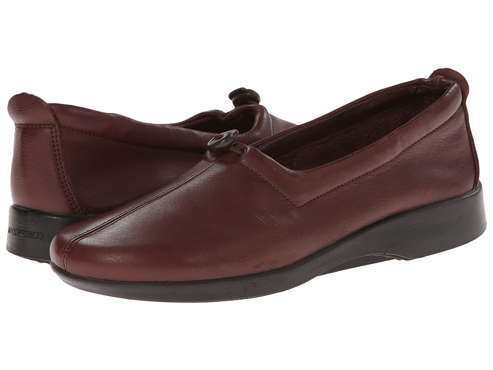 Arcopedico - New Queen II (Mocha) Women's Slip on Shoes