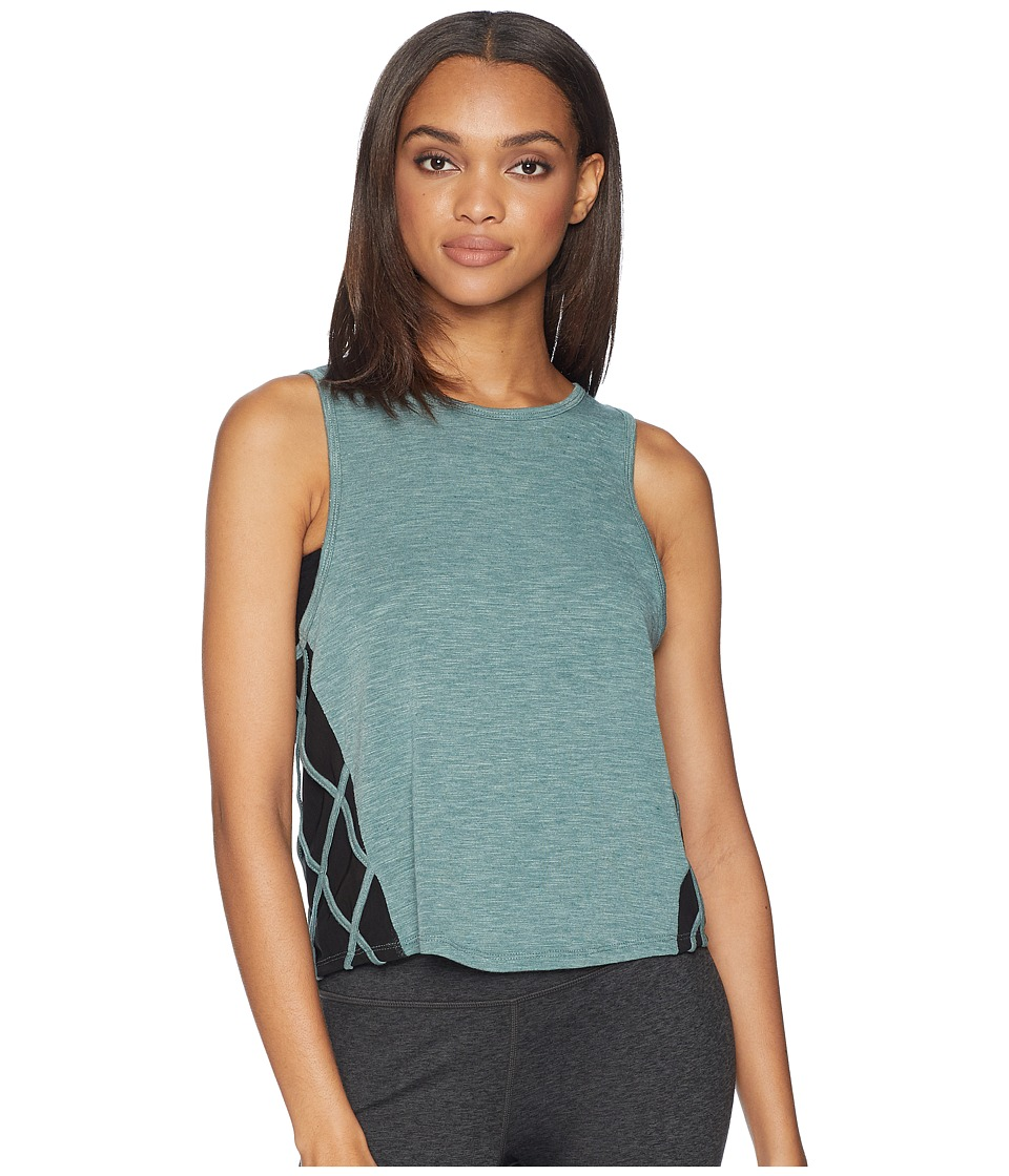 Jessica Simpson TheWarmUp Mesh Side Tank Top (Silver Pine) Women