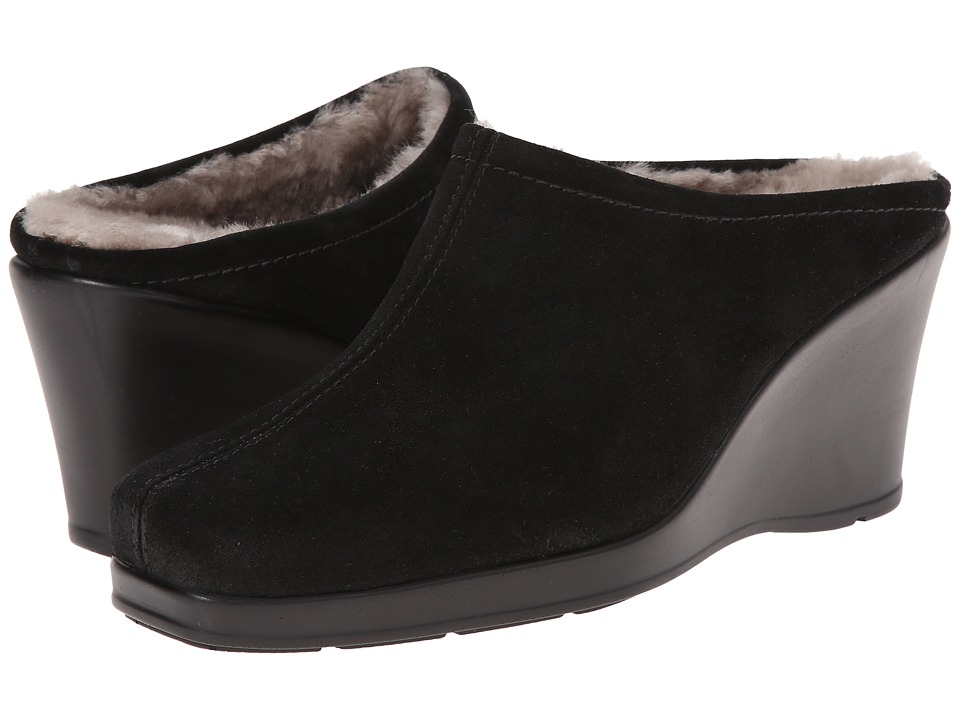 La Canadienne - Ivy (Black Suede) Women's Clog Shoes