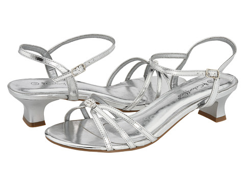 Coloriffics - Avery (Silver Metallic) Women's 1-2 inch heel Shoes