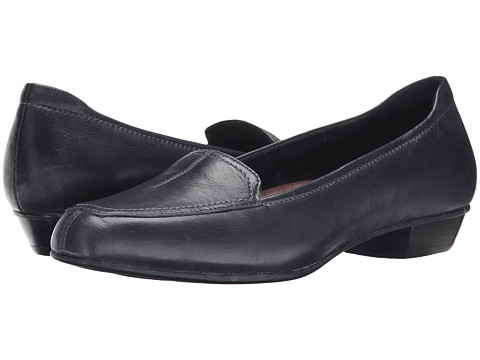 Clarks - Timeless (Navy Leather) Women's Slip on Shoes