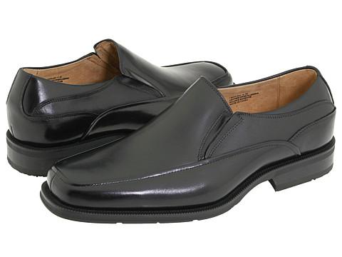 Florsheim - Corvell Moc Toe Slip-On (Black Buffalo Leather) Men's Slip-on Dress Shoes