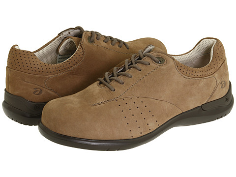 Aravon - Farren (Brown Nubuck) Women's Lace up casual Shoes