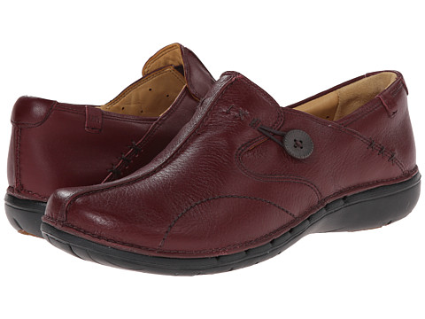 Clarks - Un.loop (Burgundy) Women's Slip on Shoes